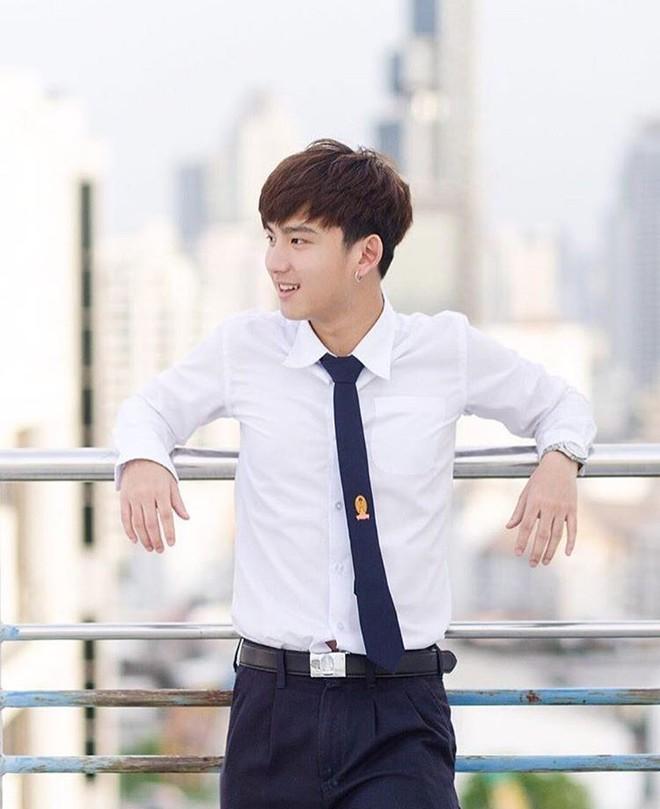 Dàn trai đẹp khiến các thiếu nữ phải xao xuyến trái tim của trường Đại học danh giá nhất Thái Lan - Ảnh 5.