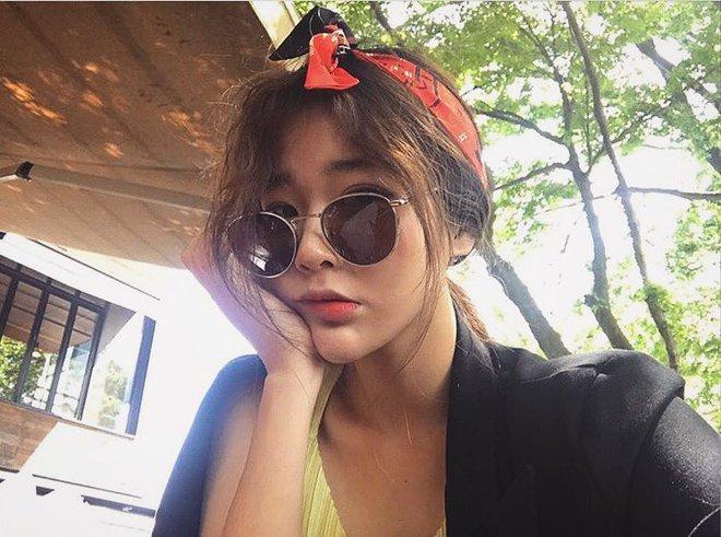 Sau Gentle Monster, giới trẻ Hàn đang đắm đuối với 2 thương hiệu kính mắt rẻ hơn mà cực cool này - Ảnh 31.