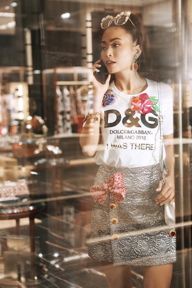 Đông Nhi & Minh Hăng chơi quá sang, chi hơn 28 triệu đồng chỉ cho một chiếc áo thun trắng - Ảnh 7.