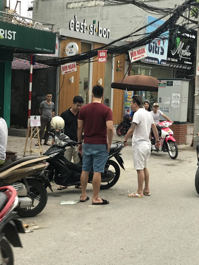Rò rỉ hỉnh ảnh nghi vấn ca sĩ Châu Việt Cường đánh người sau va chạm giao thông - Ảnh 2.