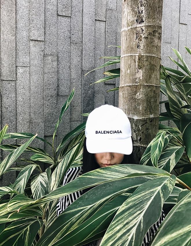 Giới trẻ châu Á đang sốt rần rần vì chiếc mũ của bố cool không tưởng đến từ Balenciaga - Ảnh 13.