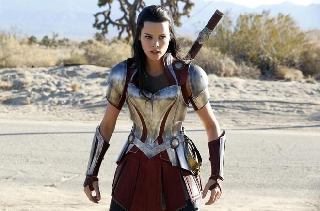 7 hạt sạn to hơn cả Surtur trong Thor: Ragnarok - Ảnh 3.