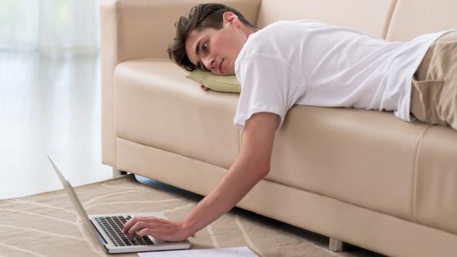 Những thói quen xấu khiến chiều cao tuổi dậy thì chậm phát triển hơn bình thường - Ảnh 3.