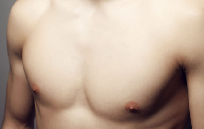 Nam giới cũng cần đề phòng ung thư vú với 6 dấu hiệu dễ nhận biết sau - Ảnh 2.