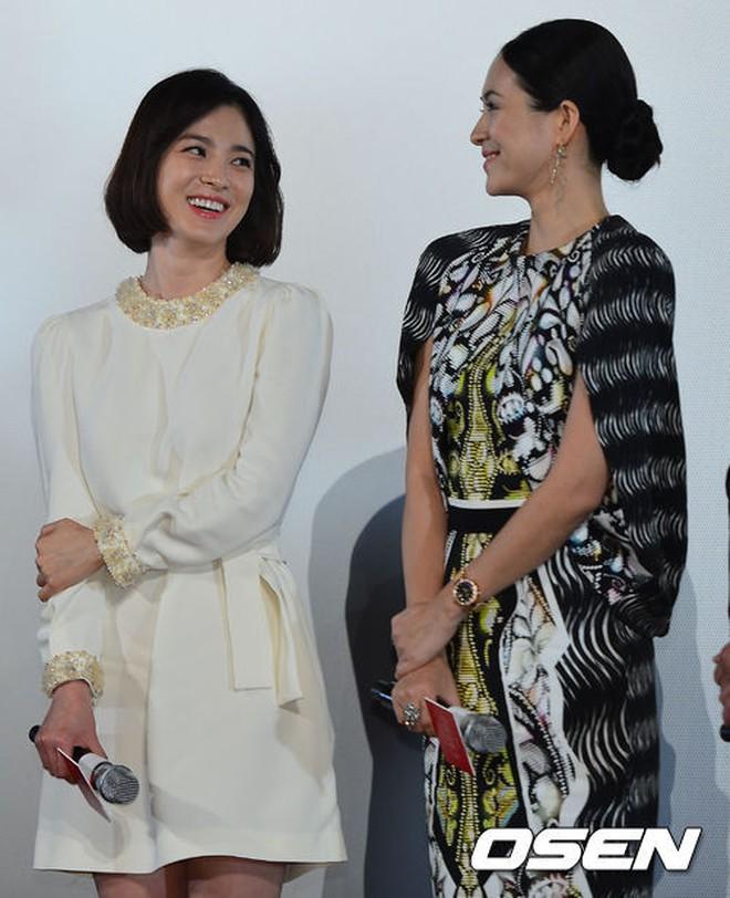 Đứng chung một khung hình, mĩ nhân Hoa - Hàn dìm nhau đến thế nào? - ảnh 38