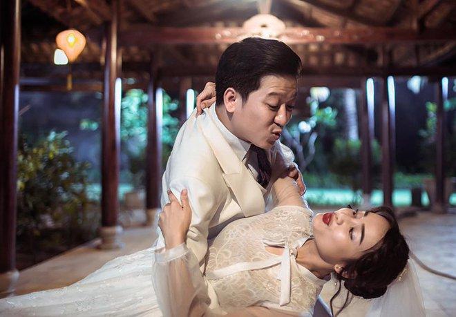 Lại thêm loạt ảnh Trường Giang và Nhã Phương mặc đồ cưới gây xôn xao cộng đồng mạng - Ảnh 2.