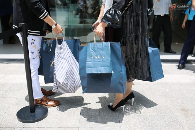 Clip: Zara, H&M, Uniqlo đồng loạt đổ bộ đã ảnh hưởng tới thói quen order và mua sắm của giới trẻ Việt ra sao? - Ảnh 5.