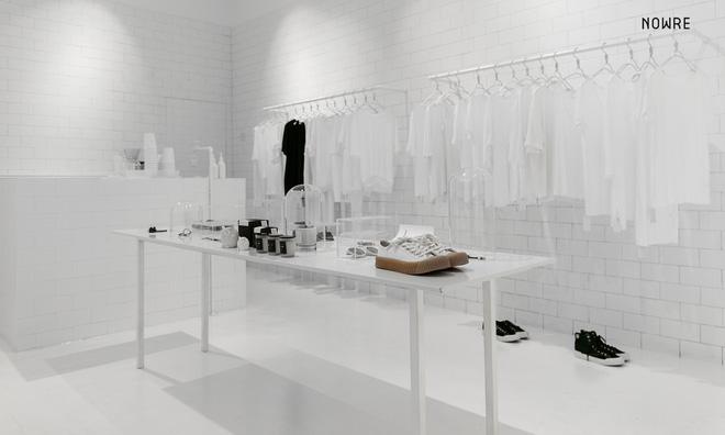 Bắt chước Nhật Bản, Trung Quốc cũng có một shop chỉ bán toàn áo phông trắng sở hữu cái tên kỳ quái: | | - Ảnh 4.