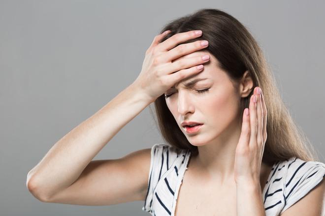 Để tóc ướt đi ngủ, bạn có nguy cơ đối mặt với 5 vấn đề sức khỏe sau - ảnh 1