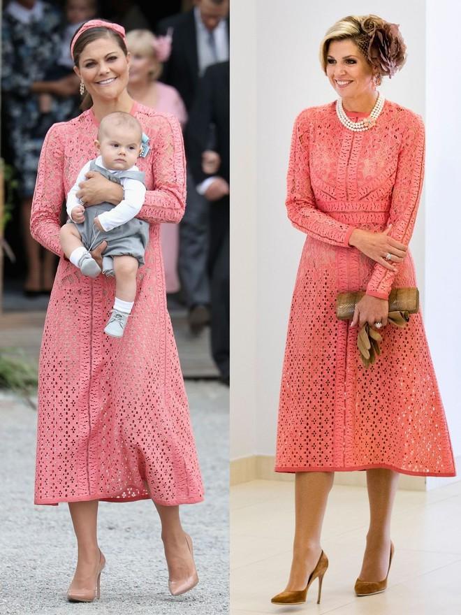 Trước khi trở thành người một nhà, công nương Kate và công nương tương lai Meghan Markle đã có màn đụng hàng váy áo thú vị - ảnh 4
