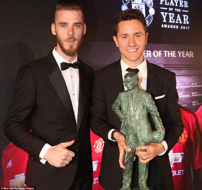 Ander Herrera giành giải Cầu thủ hay nhất mùa của Man Utd - Ảnh 1.