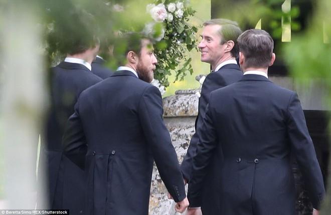 Em gái Công nương Anh xuất hiện cực xinh đẹp trong lễ cưới bạc tỷ với đại gia - ảnh 6