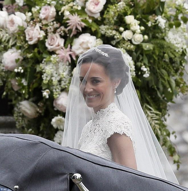 Em gái Công nương Anh xuất hiện cực xinh đẹp trong lễ cưới bạc tỷ với đại gia - ảnh 5