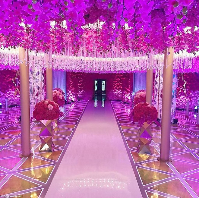 Đám cưới xa hoa của con trai ông trùm bất động sản Nga cùng cô dâu xinh đẹp như công chúa trong truyện cổ tích - ảnh 7