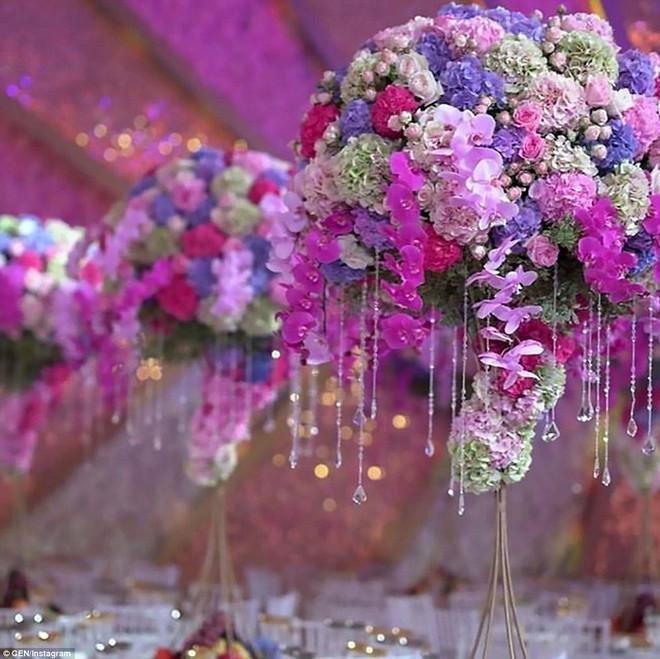 Đám cưới xa hoa của con trai ông trùm bất động sản Nga cùng cô dâu xinh đẹp như công chúa trong truyện cổ tích - ảnh 12