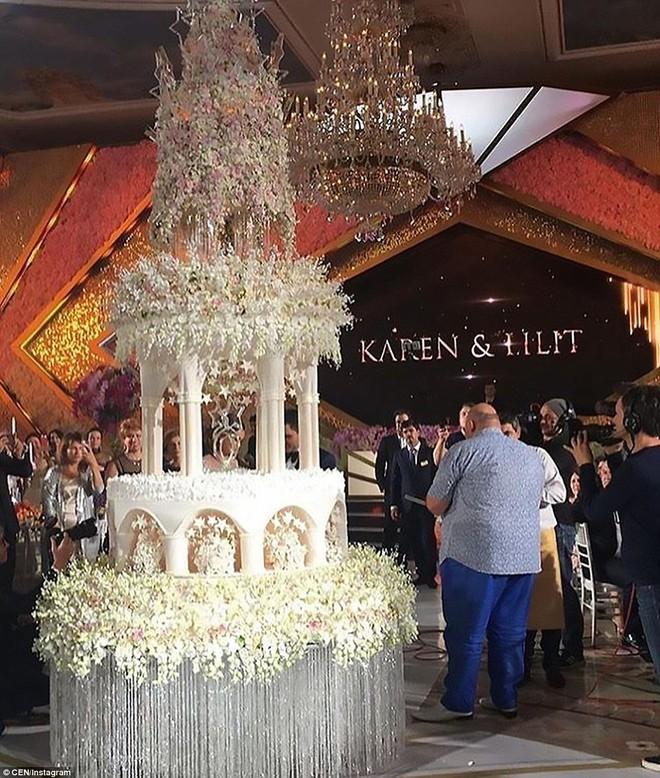 Đám cưới xa hoa của con trai ông trùm bất động sản Nga cùng cô dâu xinh đẹp như công chúa trong truyện cổ tích - ảnh 5