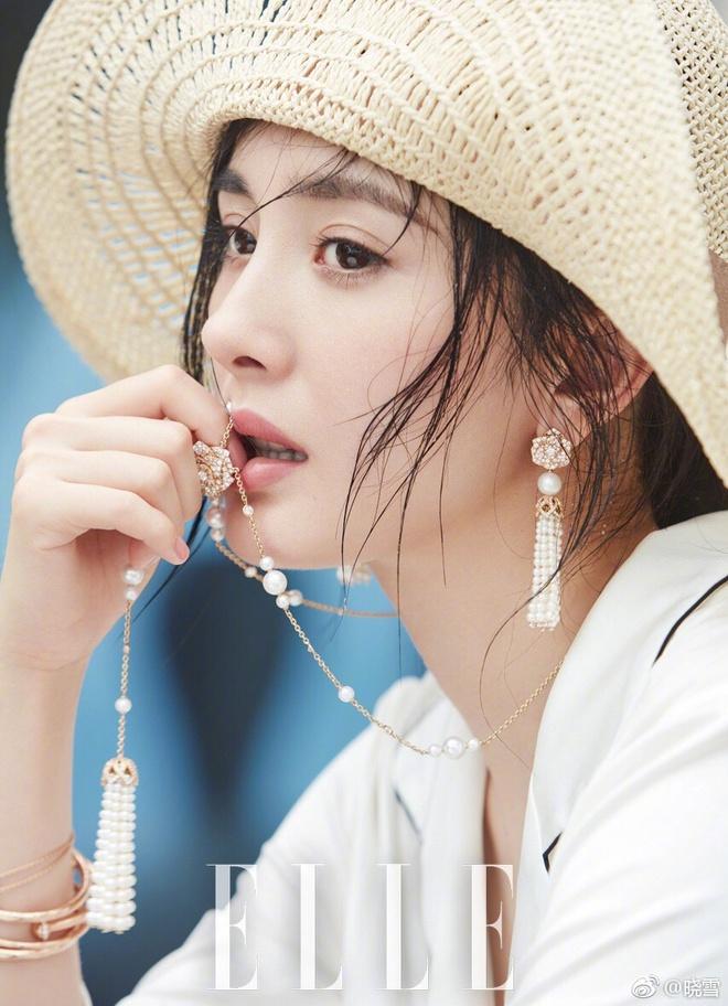 Dương Mịch khoe eo thon, lưng trần đẹp mê người trong loạt ảnh mới - Ảnh 6.