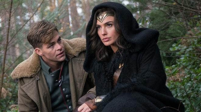 Wonder Woman - Một mình gánh cả Vũ trụ Điện ảnh DC trên đôi vai gầy - Ảnh 5.