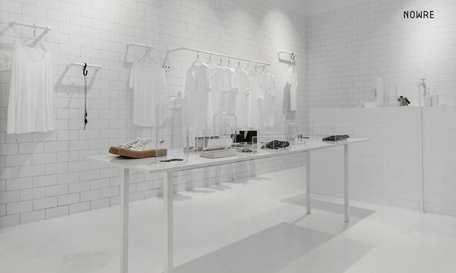 Bắt chước Nhật Bản, Trung Quốc cũng có một shop chỉ bán toàn áo phông trắng sở hữu cái tên kỳ quái: | | - Ảnh 5.