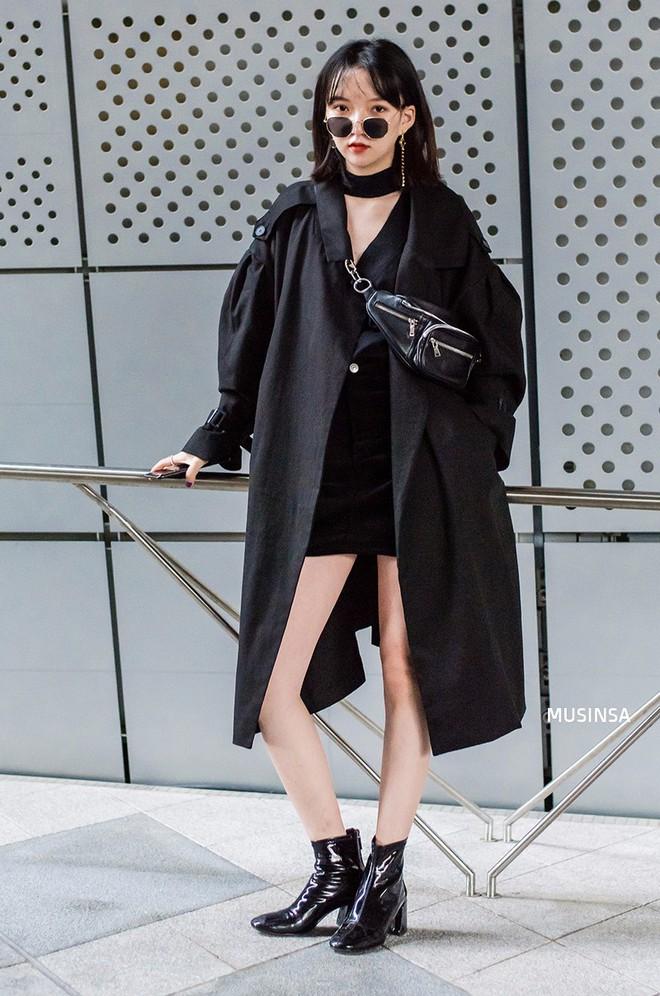 Ngắm street style màu mè nhưng chất lừ của giới trẻ Hàn, bạn sẽ học được chân kinh mặc đơn giản mà vẫn đẹp mê ly - Ảnh 5.