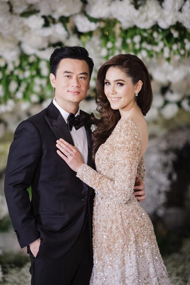 Có ai như minh tinh Thái Chompoo: Đám cưới 70 tỉ đồng, giờ hạ sinh quý tử sinh đôi cho chồng đại gia - Ảnh 9.