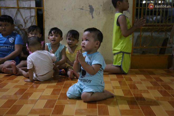 Sư cô bị tố bỏ đói trẻ mồ côi, để các bé nằm ngủ trên nền nhà dơ bẩn: Ở Tịnh xá đầy đủ nhu yếu phẩm, chỉ thiếu bảo mẫu - Ảnh 11.