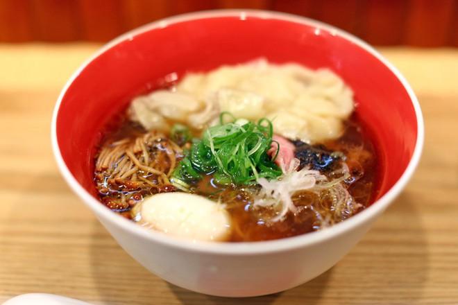 Món mì Nhật Bản đầu tiên trên thế giới được nhận sao Michelin lại có giá rẻ bất ngờ - Ảnh 6.