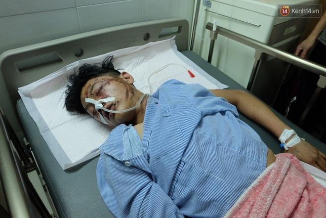 Người thân không nhận ra nam sinh mắc kẹt dưới gầm ô tô Camry sau tai nạn kinh hoàng ở Bắc Ninh - Ảnh 5.