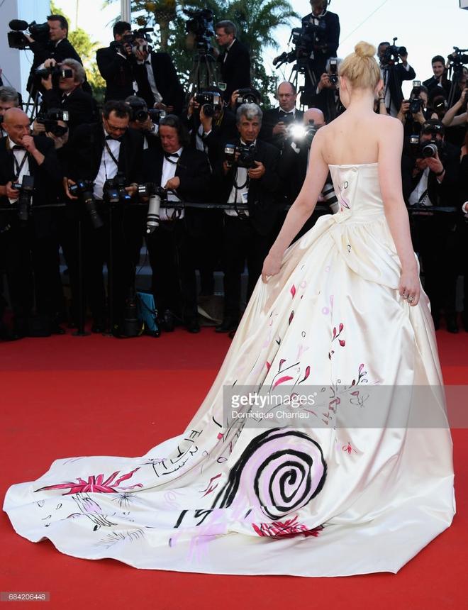 Thảm đỏ LHP Cannes: Phạm Băng Băng lộng lẫy như nữ hoàng - Ảnh 21.