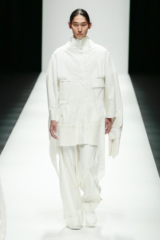 """BST mới của NTK Công Trí tại Tokyo Fashion Week: Trước cái đẹp, bạn chỉ còn biết """"Wow"""" lên một tiếng!!! - Ảnh 13."""