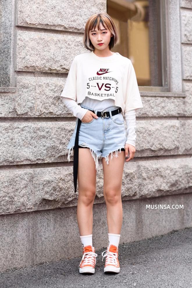 Street style Hàn Quốc cứ chất lừ như thế này bảo sao bạn trẻ nào cũng muốn bắt chước - Ảnh 7.