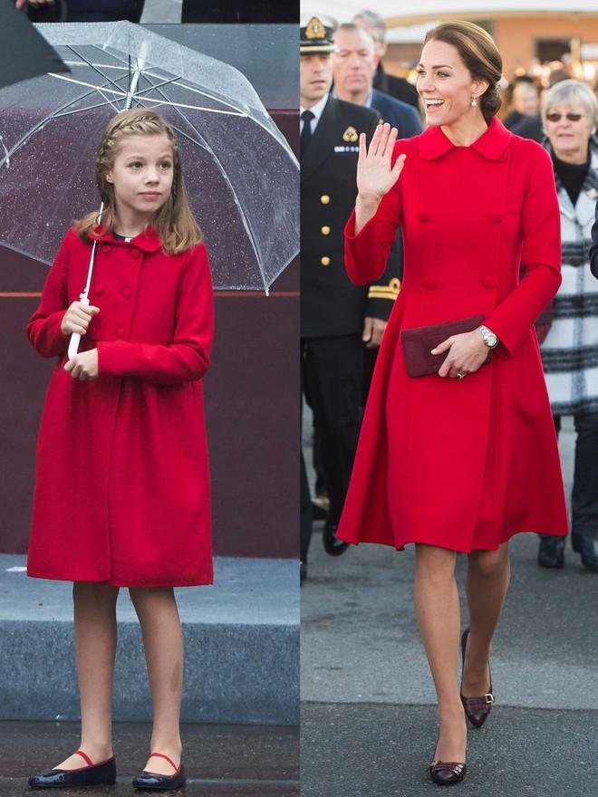 Trước khi trở thành người một nhà, công nương Kate và công nương tương lai Meghan Markle đã có màn đụng hàng váy áo thú vị - ảnh 6
