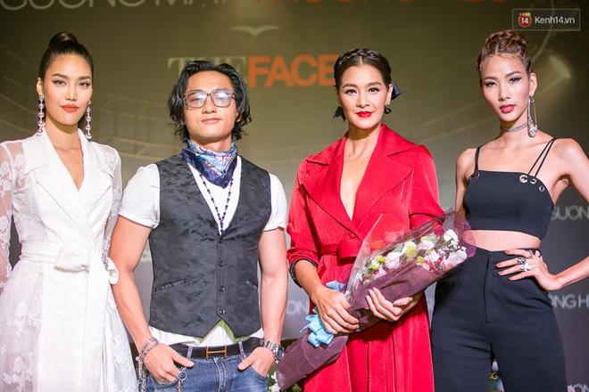 HLV The Face Thái đến đúng giờ, Minh Tú phải nhập viện trước họp báo The Face 2017 - Ảnh 15.