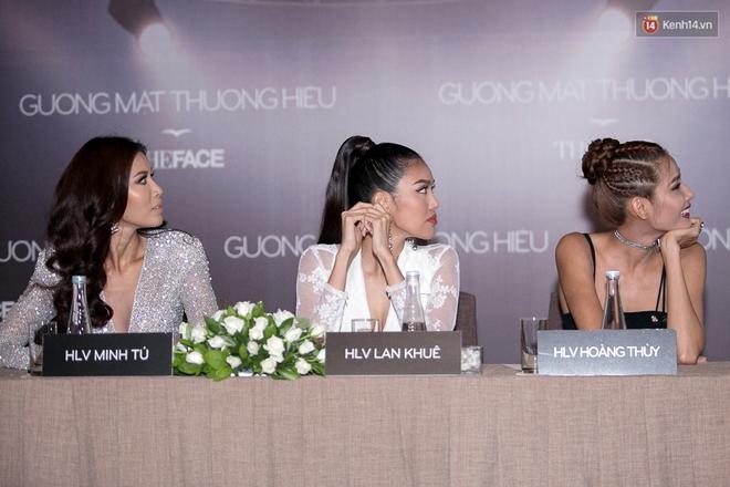 The Face 2017: HLV Thái Lan đến sớm, chờ gần 2 tiếng thì 3 HLV Việt Nam mới đến và bắt đầu họp báo - Ảnh 19.