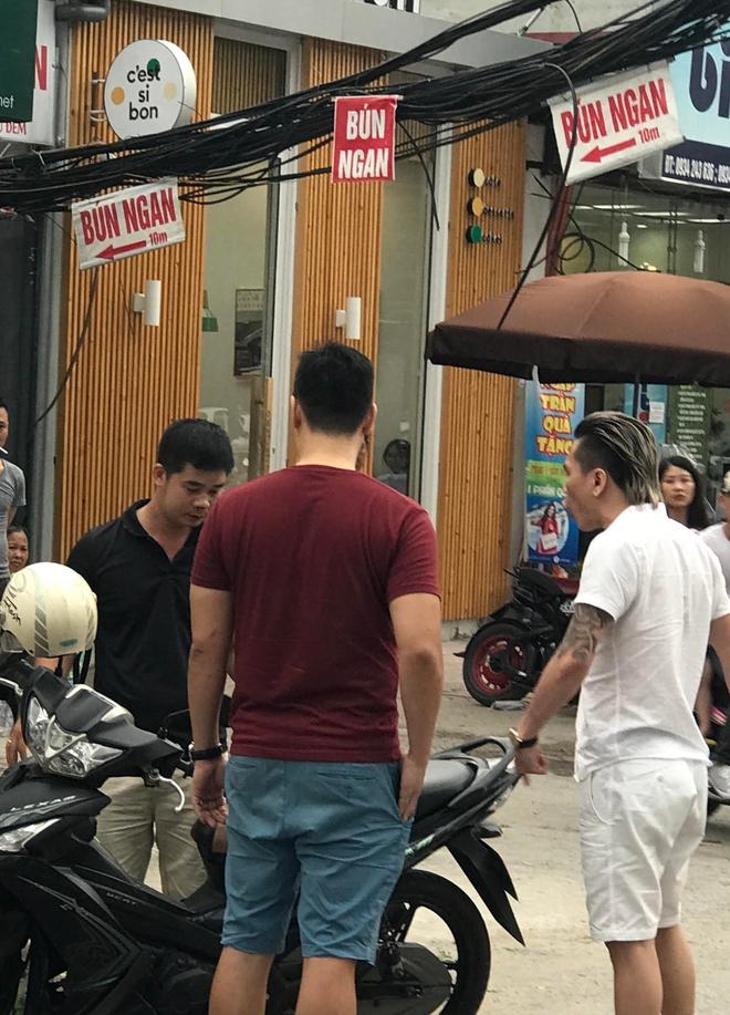 Rò rỉ hỉnh ảnh nghi vấn ca sĩ Châu Việt Cường đánh người sau va chạm giao thông - Ảnh 4.