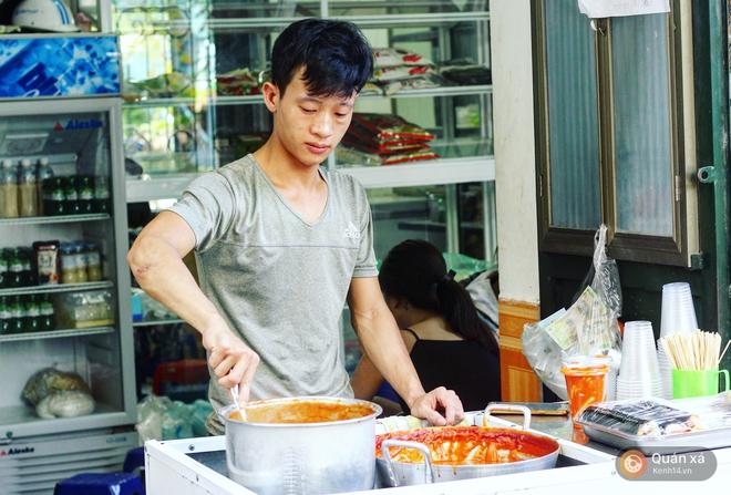Tìm ra đầu mối bán đồ ăn Hàn với giá chỉ từ... 15k, bạn muốn thử ngay không? - Ảnh 2.