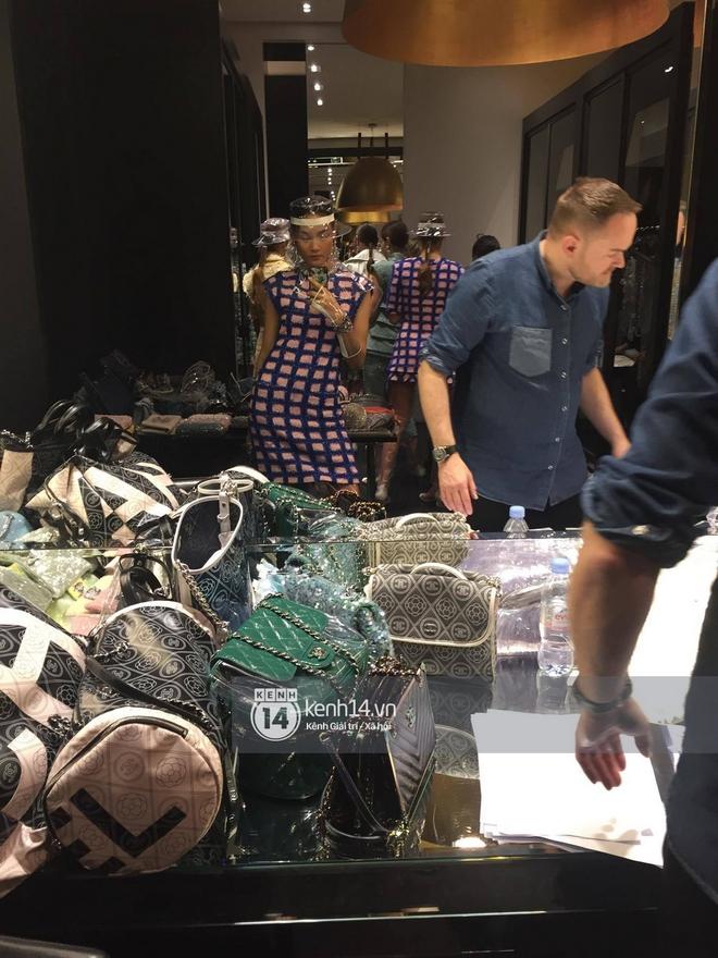 Độc quyền: Sau Louis Vuitton, Thùy Trang tiếp tục trình diễn cho private show của Chanel - Ảnh 2.
