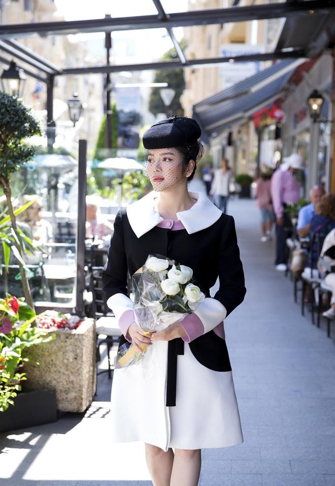 Lý Nhã Kỳ mặc quý phái tới viếng mộ Công nương Grace Kelly tại Monaco - Ảnh 4.