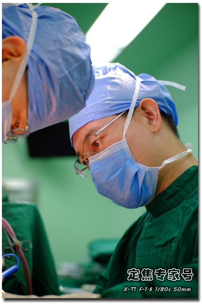 Phẫu thuật cho một em bé bị mất thị lực, bác sĩ lấy ra thứ đáng sợ hơn cả khối u trong não - ảnh 7