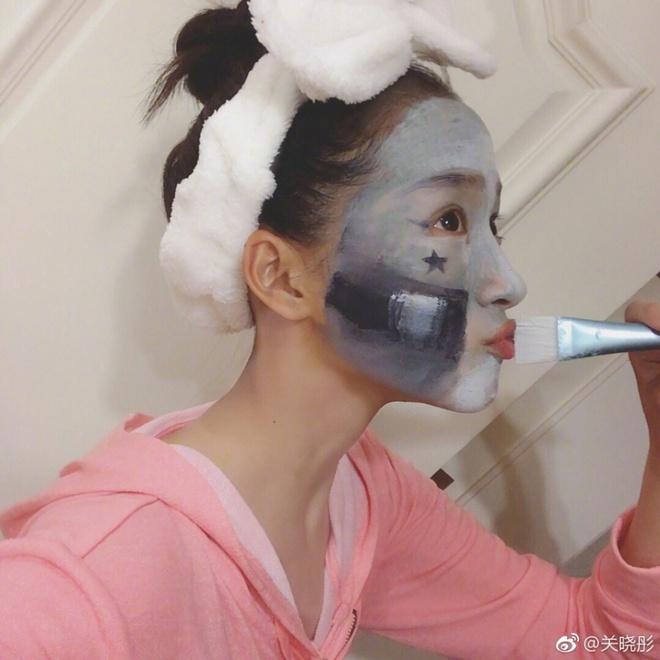Săm soi bạn gái Luhan Quan Hiểu Đồng, hóa ra cô nàng toàn dùng đồ vài trăm nghìn mà da đẹp không tì vết - Ảnh 8.