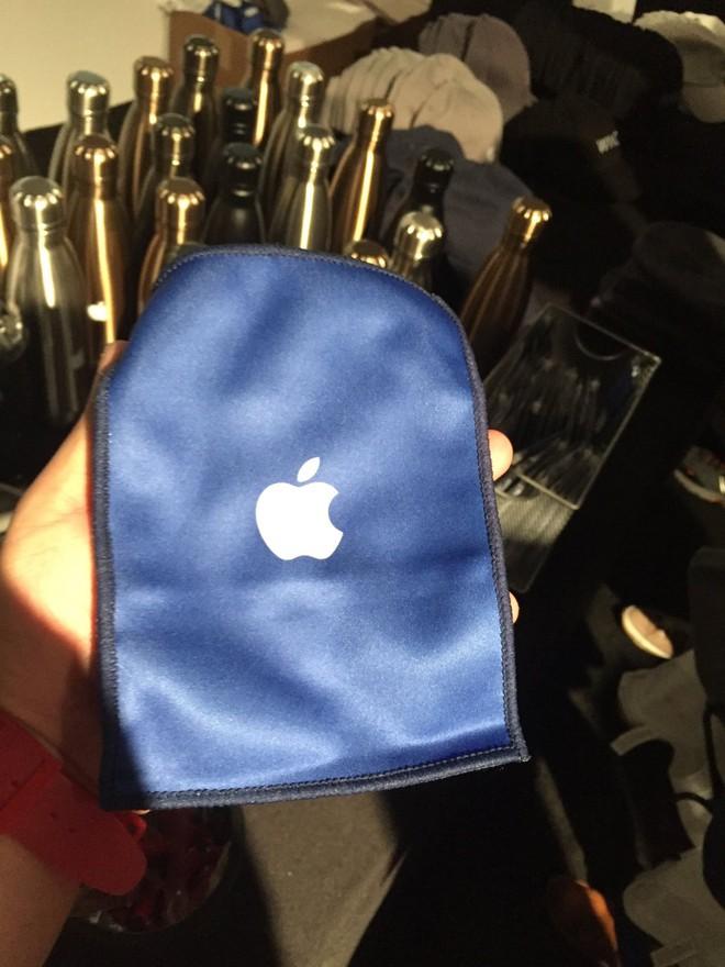iPhone đã là gì, Apple còn có loạt đồ siêu độc mà không phải ai cũng mua được - Ảnh 4.