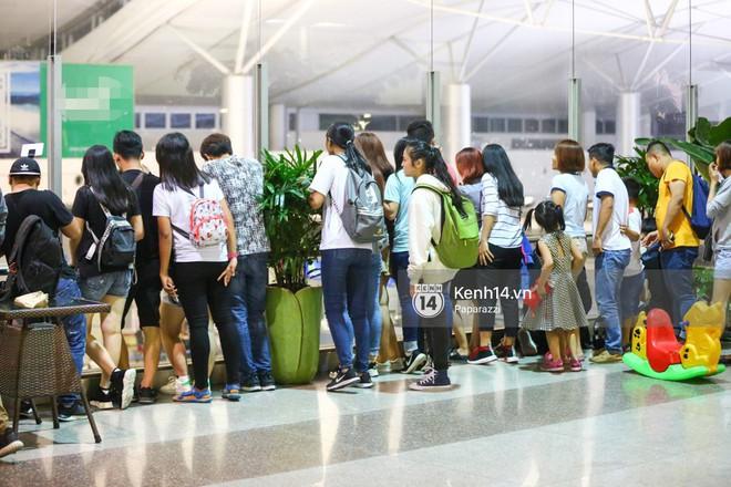 Diện đồ thể thao khoẻ khoắn, Minh Hằng nổi bật giữa sân bay lên đường đi Dubai tham dự tuần lễ thời trang quốc tế - ảnh 10