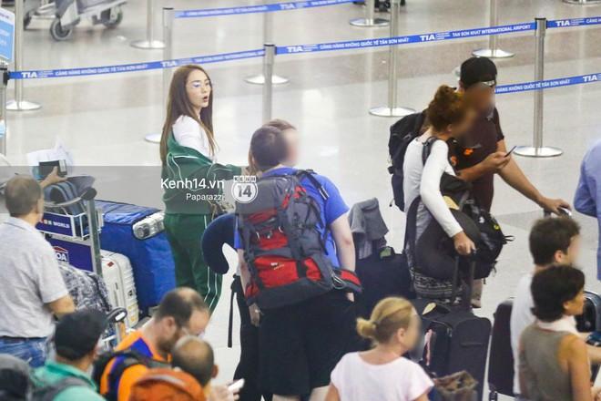 Diện đồ thể thao khoẻ khoắn, Minh Hằng nổi bật giữa sân bay lên đường đi Dubai tham dự tuần lễ thời trang quốc tế - ảnh 12