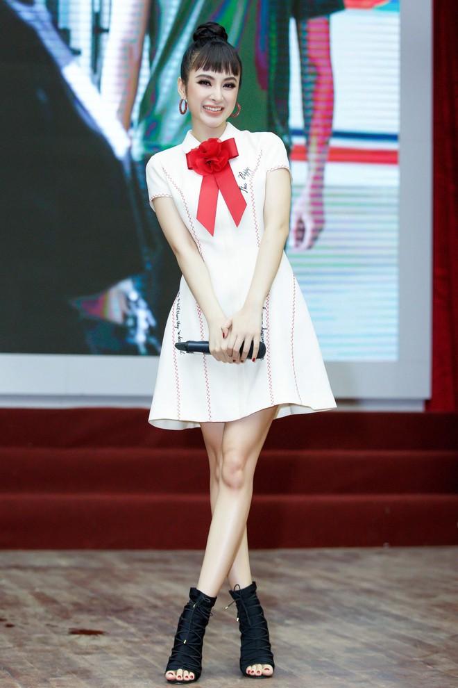 Angela Phương Trinh nắm tay Rocker Nguyễn, nhớ lại cảnh hôn nhau nhưng vẫn chọn Hữu Vi là bạn trai lý tưởng  - Ảnh 2.