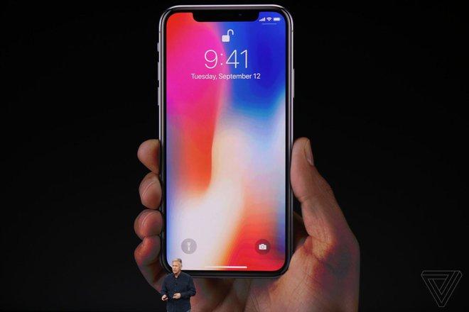 Chiếc iPhone X bao nhiêu người mong đợi đây rồi - Ảnh 1.