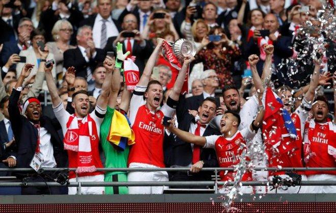 """Arsenal cần thay đổi, bắt đầu từ việc Wenger dám """"đánh bạc"""" - Ảnh 3."""