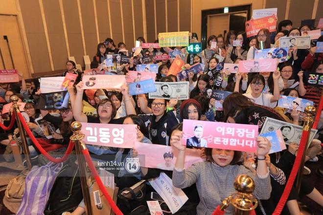 Mỹ nam Taeyong tiết lộ muốn ở lại Việt Nam, NCT 127 đồng loạt tỏ tình Anh yêu em với fan tại họp báo ở Hà Nội - Ảnh 30.