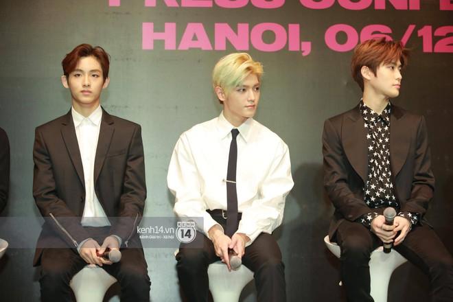 Mỹ nam Taeyong tiết lộ muốn ở lại Việt Nam, NCT 127 đồng loạt tỏ tình Anh yêu em với fan tại họp báo ở Hà Nội - Ảnh 3.