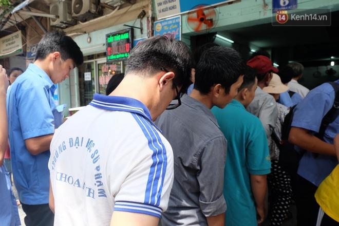 Chủ nhiệm quán cơm 2.000 đồng ở Sài Gòn: Sinh viên bất kể giàu nghèo đều được chào đón tại quán của chúng tôi - ảnh 7