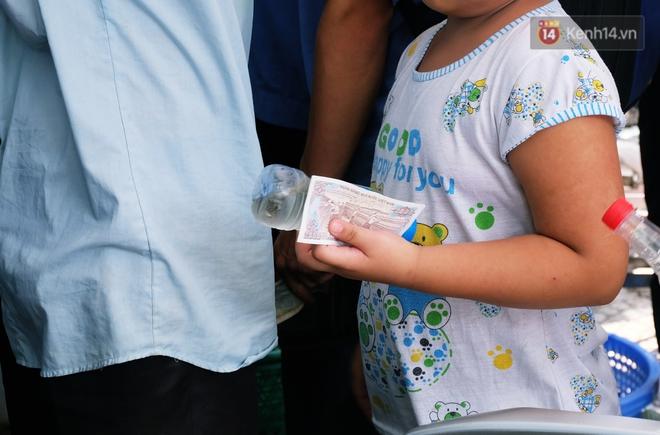 Chủ nhiệm quán cơm 2.000 đồng ở Sài Gòn: Sinh viên bất kể giàu nghèo đều được chào đón tại quán của chúng tôi - ảnh 10